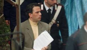 """Il boss Graviano al Pm di Reggio Calabria: """"Cobepii mio figlio in carcere per distrazione delle guardie'"""