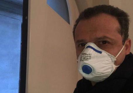 """Emergenza sanitaria, il sindaco di Messina De Luca: """"Chiuso tutto"""""""