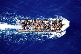 Alarm Phone: 110 migranti senza acqua nè cibo nella zona Sar maltese