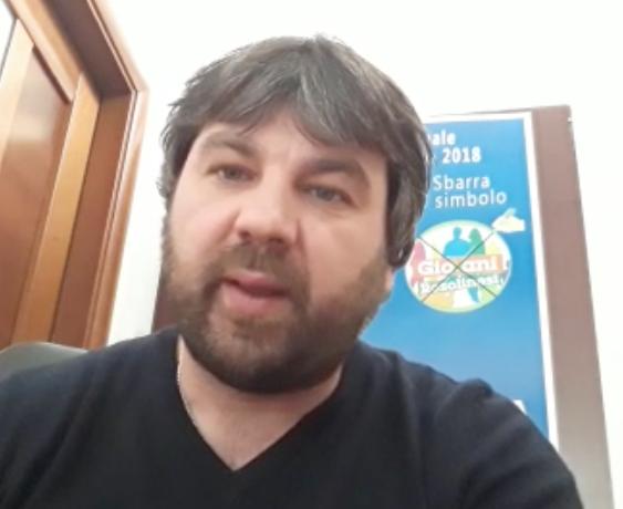 """Spadola al sindaco di Rosolini: """"Aiuti immediati alle famiglie senza mangiare"""""""