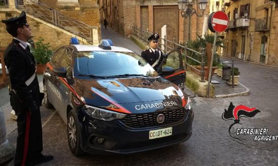 Con l'eroina in tasca in pieno centro ad Agrigento: arrestato un 35 enne