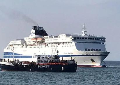 Altra nave per la quarantena dei migranti tra Pozzallo e Lampedusa