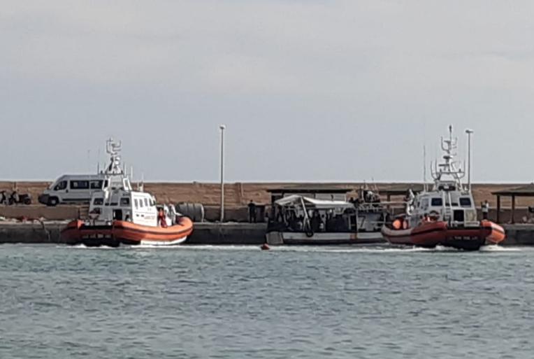 Nuovo sbarco di migranti a Lampedusa: arrivati in 93