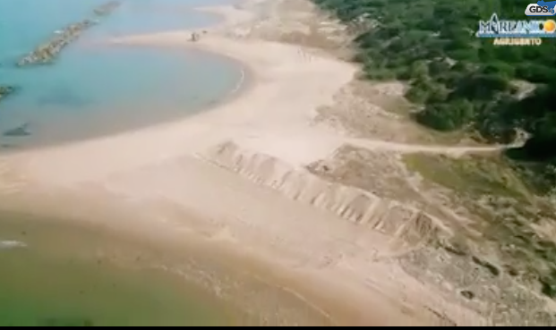 Agrigento, ruspe sulle dune di Maddalusa: sindaco avvia un'indagine