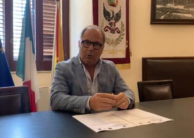 """Ufficio per l'impiego di Noto, il sindaco ottimista: """"Riaprirà"""" (IL VIDEO)"""