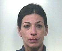 Avola, arrestata per furto ed evasione dai domiciliari