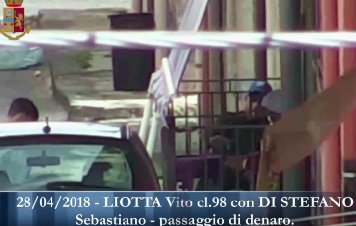 Disarticolato il clan Scalisi di Adrano: 14 arresti per droga (FOTO E VIDEO)