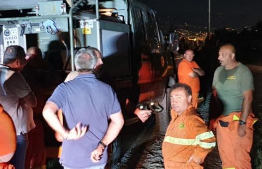 Autobotte della Forestale precipita in un dirupo, un morto a Messina