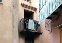 Isnello, si arrampica su un balcone e salva 4 bambini da un incendio