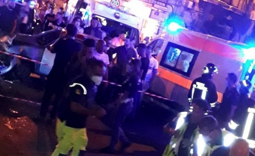 Palermo, scontro tra un'auto e una moto in via Roma: morto un 30enne