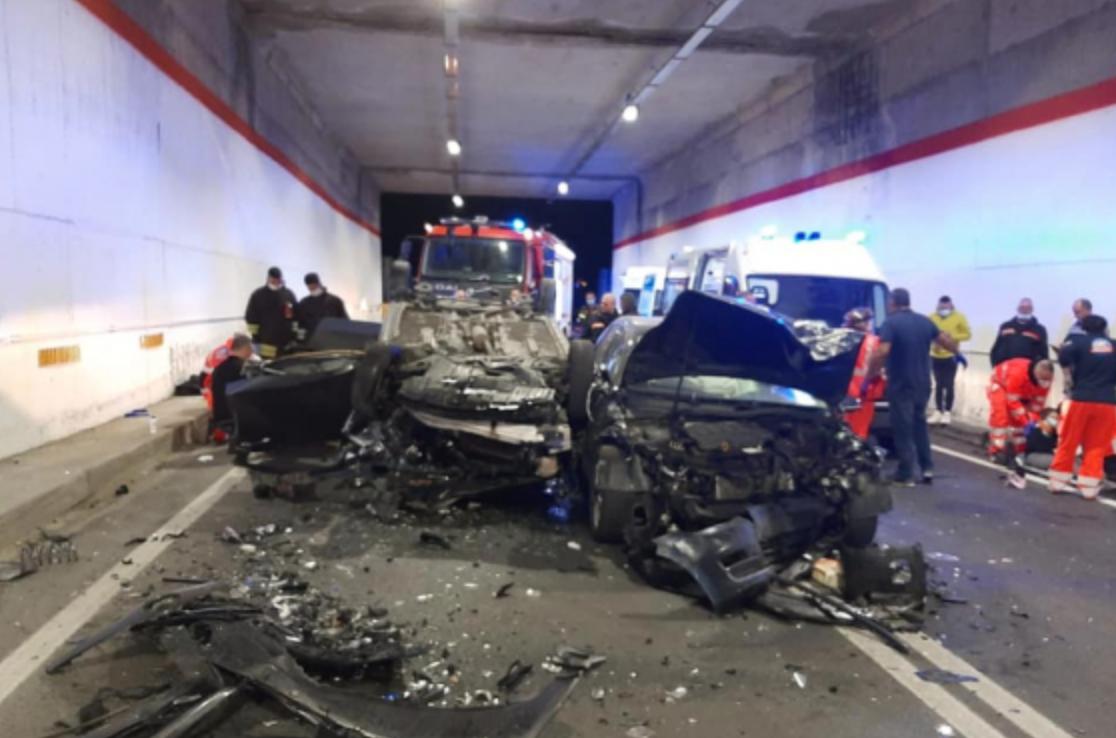 Scontro fra due auto a Bova Marina: 4 persone ferite