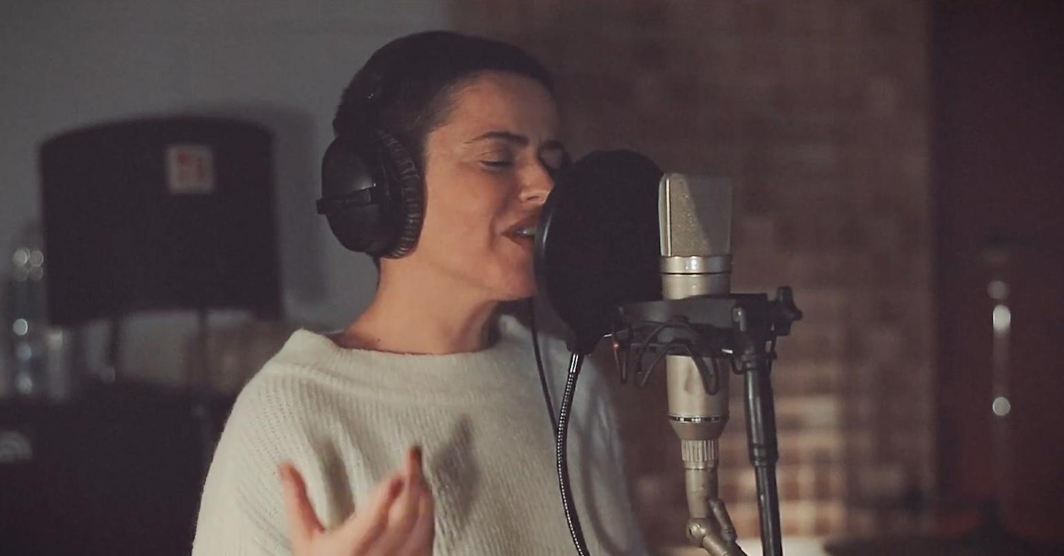 """Artisti siciliani cantano """"Viene Natale"""": è un progetto di solidarietà"""
