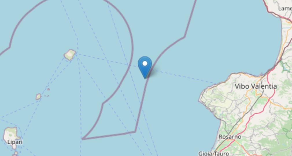 Terremoto 3.2 tra Calabria ed Eolie: epicentro Stromboli