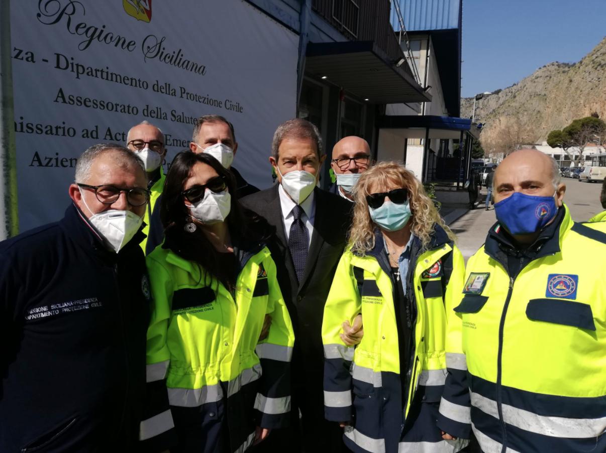 Palermo, all'ex Fiera del Mediterraneo 10 mila dosi di vaccino al giorno