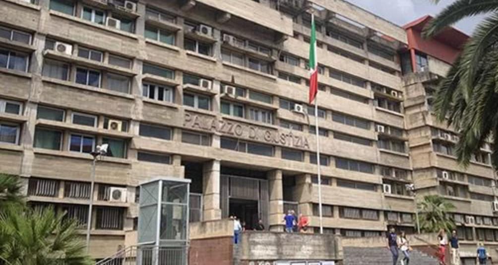 """Cosenza, pentito di 'ndrangheta: """"Pagavamo i dottori per false perizie"""""""