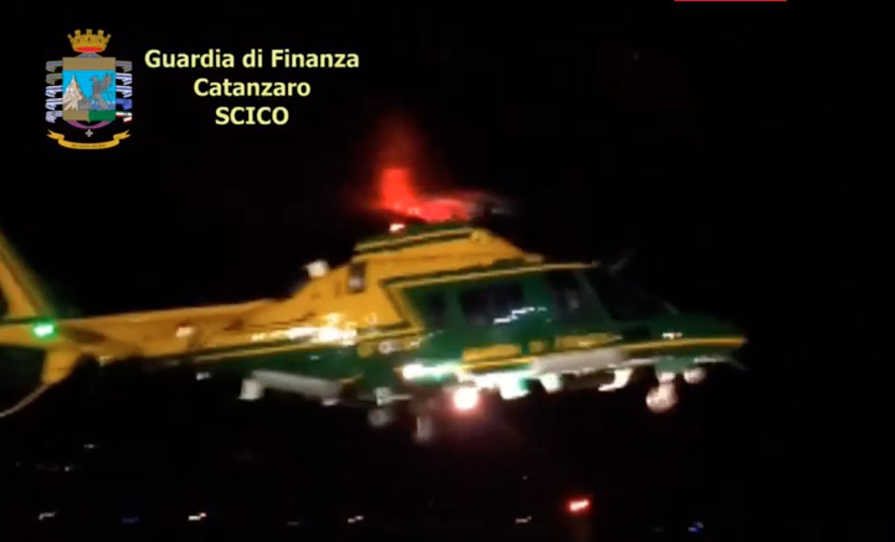 Droga dal sud America per la 'ndrangheta: la Dda di Catanzaro fa scattare 20 arresti