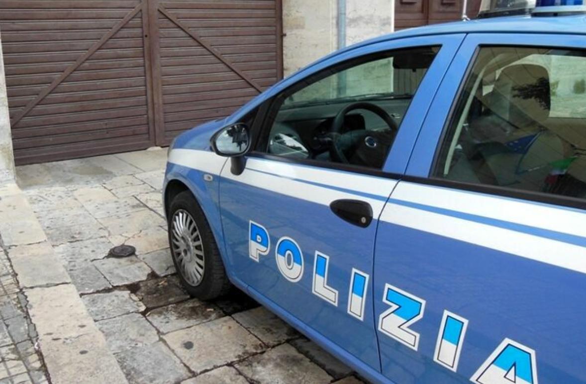 Minaccia e maltratta compagna, 55enne arrestato a Lecce