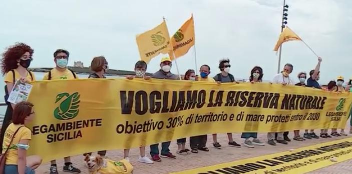 Ambiente, flash mob in Sicilia per sollecitare le Riserve: Legambiente a Portopalo