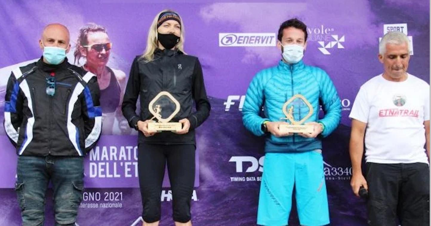 Supermaratona dell'Etna, vincono Gabriele Pace e la polacca Lewandowska