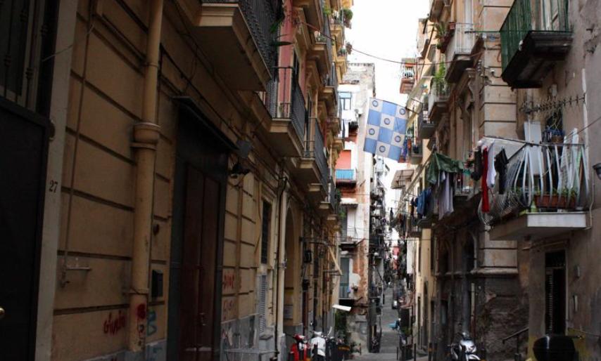 Napoli, agguato ai quartieri spagnoli: due feriti, uno in codice rosso