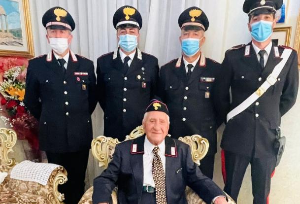 Fu comandante a Borgo Nuovo a Palermo, l'Arma gli festeggia 100 anni