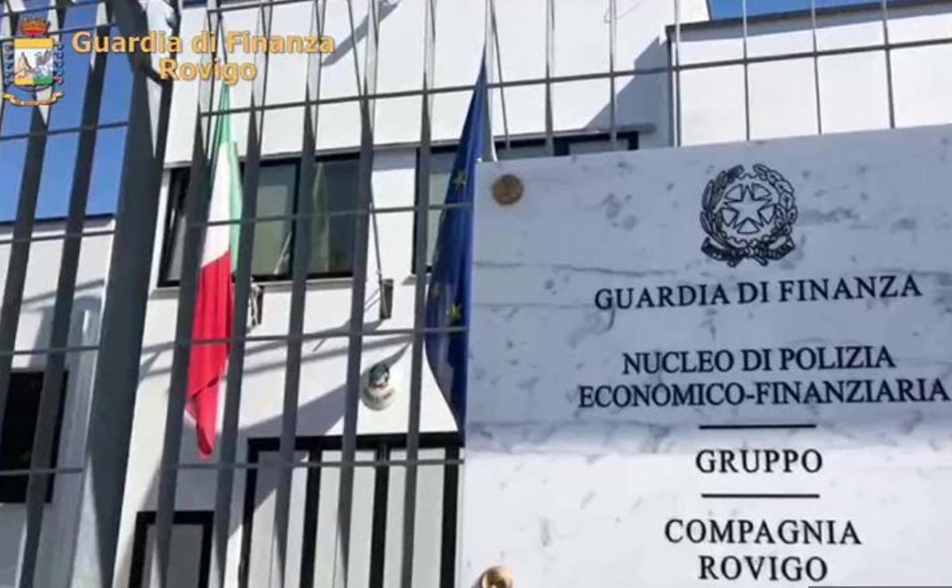 Rovigo, ex agente finanziario ruba 750 mila euro a novantenne
