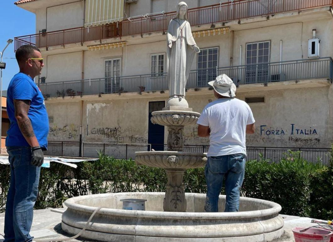 Torna la fontana in piazza Romita: domani sera inaugurazione a Floridia