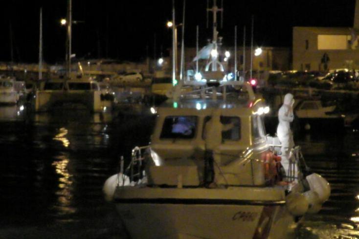 Migranti, 7 sbarchi a Lampedusa: arrivate 282 persone