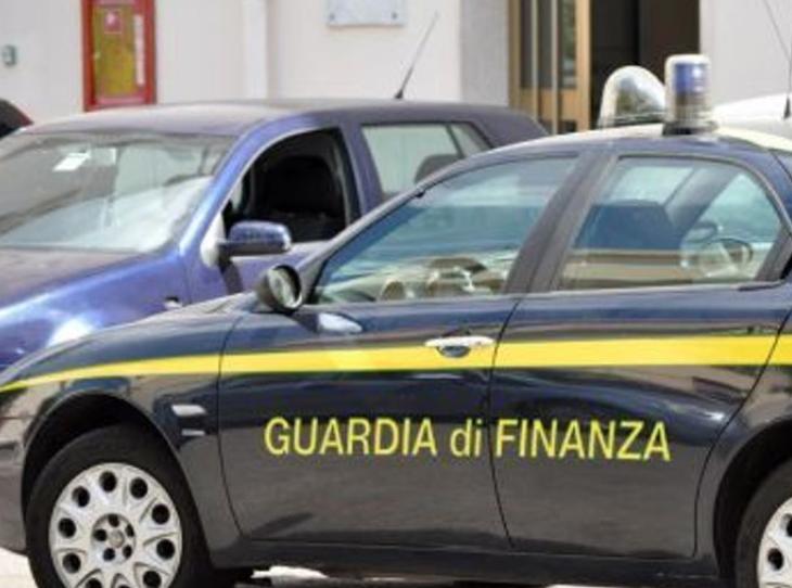 Napoli, confiscati beni per 1,3 milioni a usuraio legato ai clan