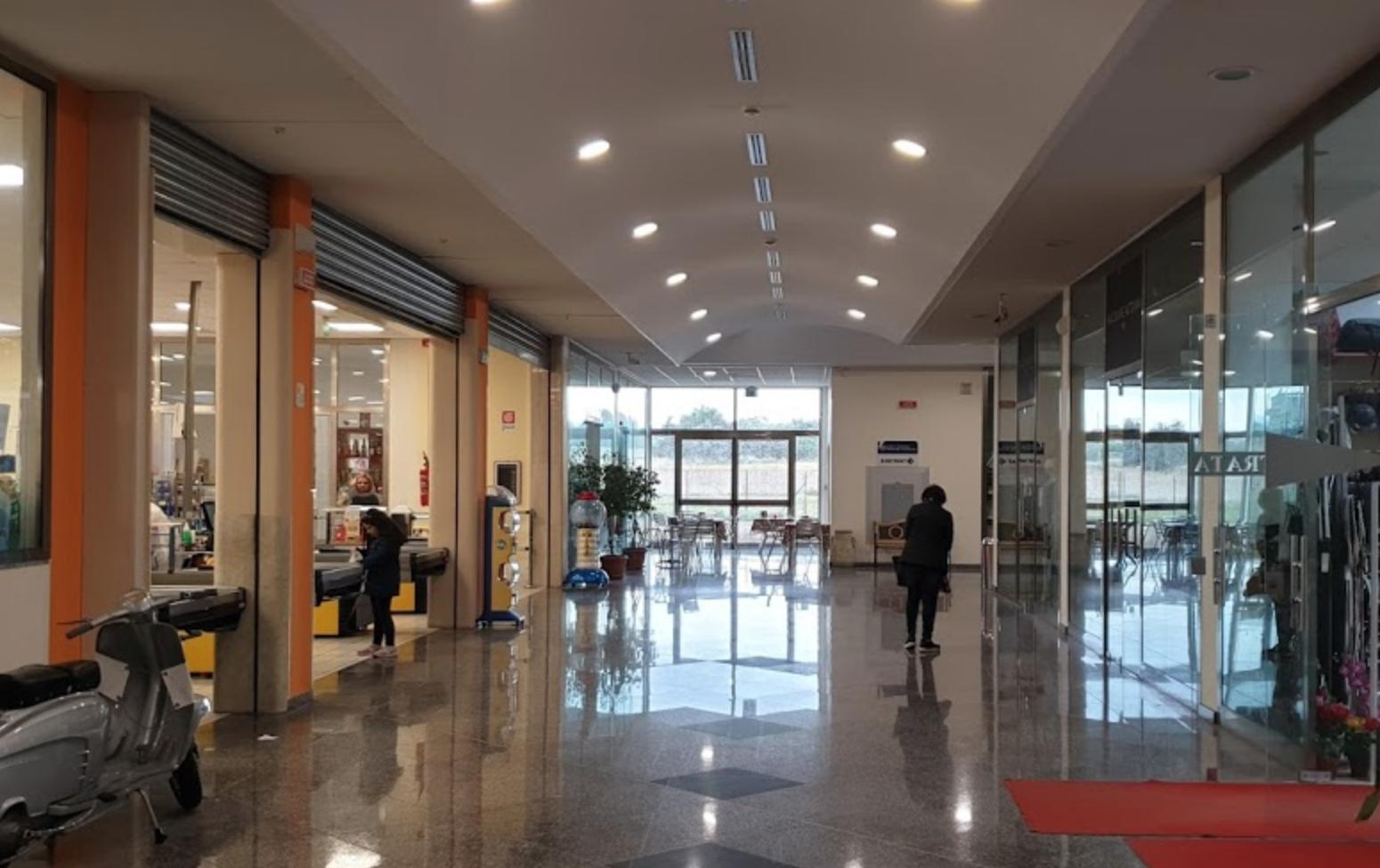 Vaccinazioni anti covid pure al Centro commerciale Eremo a Rosolini