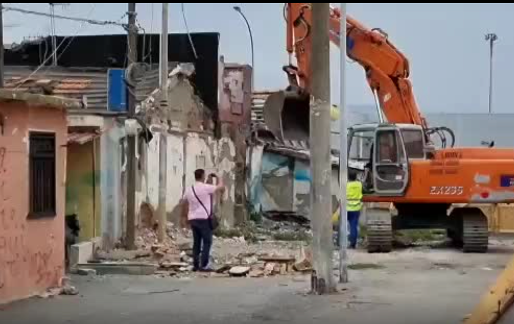 """Baraccopli Messina, Falcone: """"Dal Comune nessun progetto"""""""