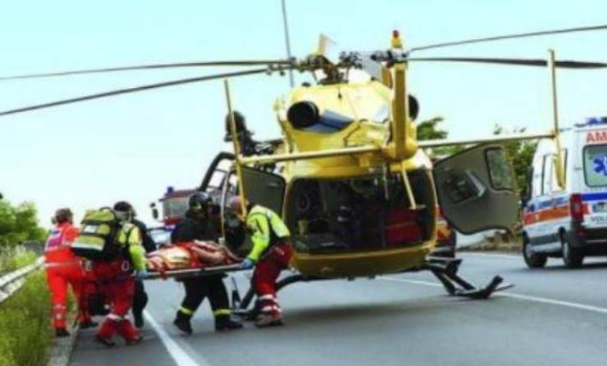 Pizzo, motociclista è grave dopo incidente stradale