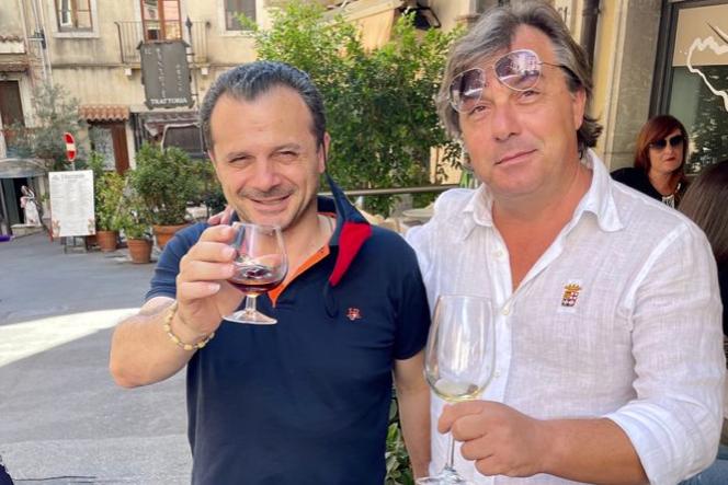 Prof di Rosolini a Taormina con De Luca, feeling politico con aspirante governatore?