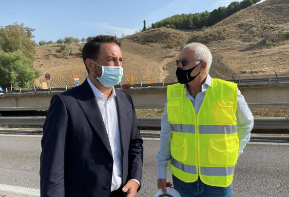 Infrastrutture, demolito il viadotto Salso sulla Statale 640