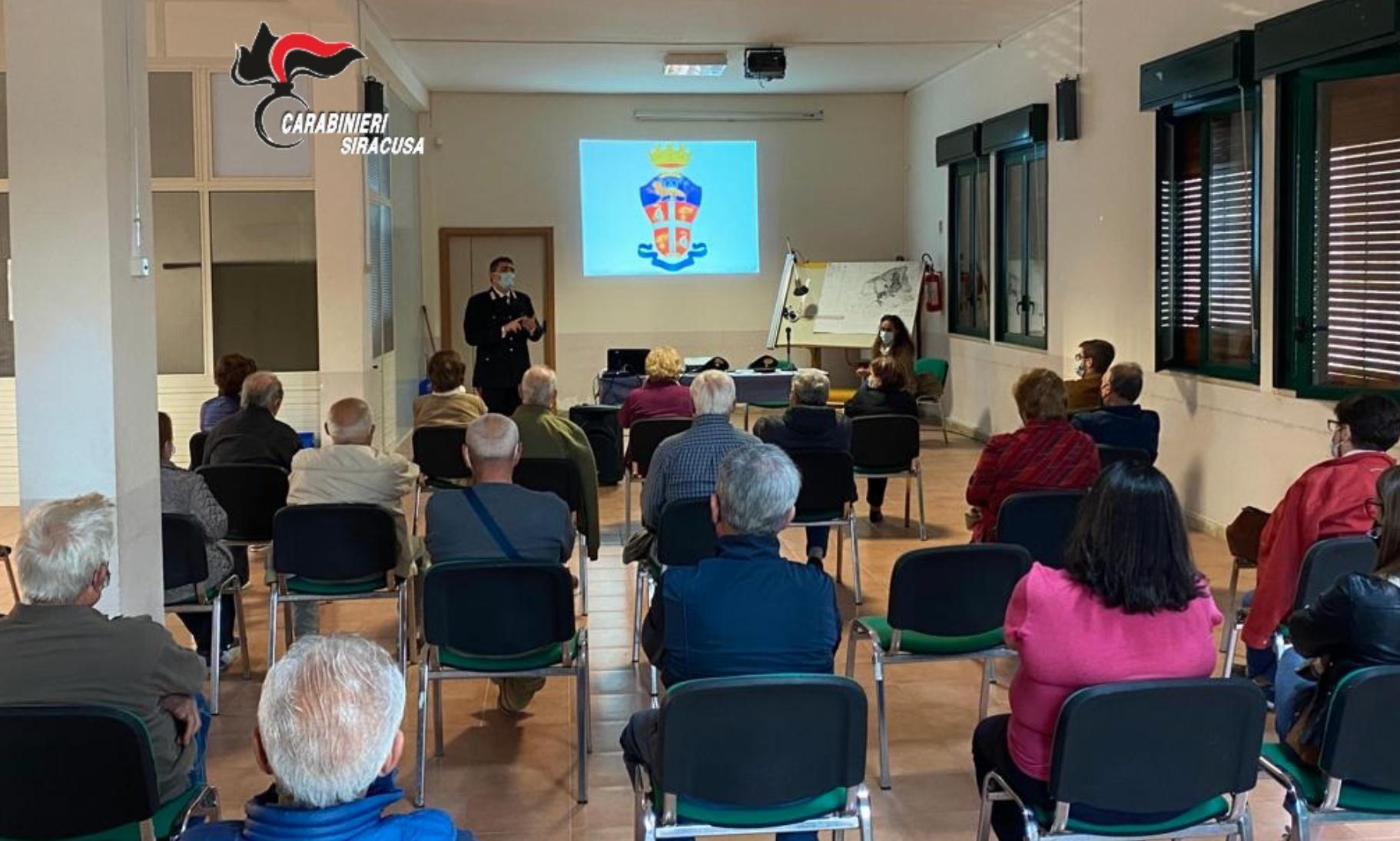 Truffe, i carabinieri spiegano agli anziani di Cassaro come difendersi