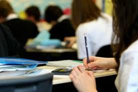 Noto, schiaffeggia un insegnante per la nota al figlio: denunciato