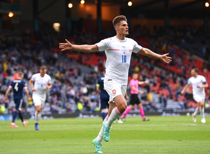 Europei, buon esordio della Repubblica Ceca: 2 gol alla Scozia trascinati da Schick