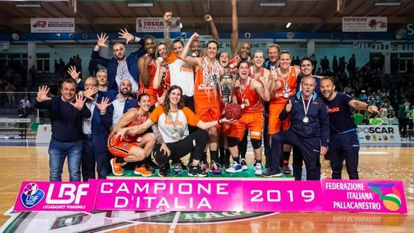 Basket, Ragusa cade nella gara 4: Schio festeggia al PalaMinardi il decimo scudetto