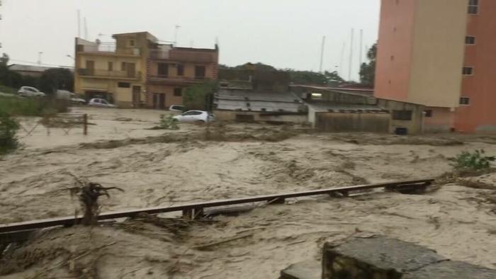 Maltempo, bomba d'acqua su Sciacca: per domani le scuole resteranno chiuse