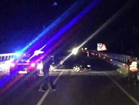 Castelvetrano, auto precipita dal viadotto: 2 morti