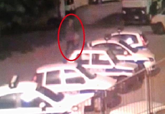 Scicli, fiamme a 4 auto della polizia municipale: in cella il piromane