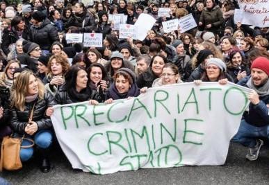 Precariato, i sindacati anticipano al 6 marzo lo sciopero della scuola