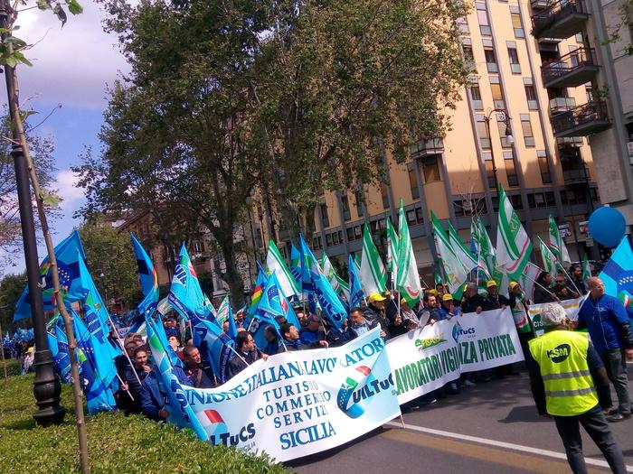 Seicento guardie giurate manifestano in segno di protesta a Palermo