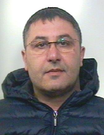 Paternò, aveva in auto pistola e munizioni: arrestato dai Carabinieri
