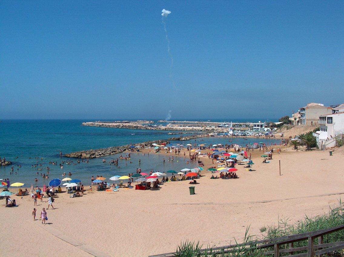 Vittoria, bandiera verde a Scoglitti per le spiagge a misura di bambino