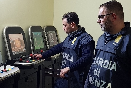 Scoperta una sala scommesse abusiva a Palagonia