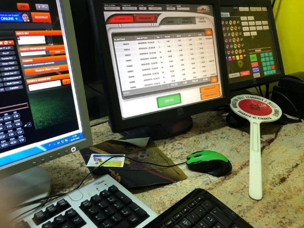 Avola, scommesse illegali in una sala giochi: denunciato