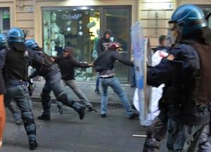 Gli scontri a Catania a Villa Bellini, rilasciati i due giovani fermati