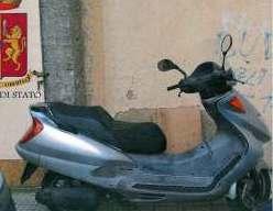 Rubano motorino a Catania, ladri in fuga ma refurtiva recuperata