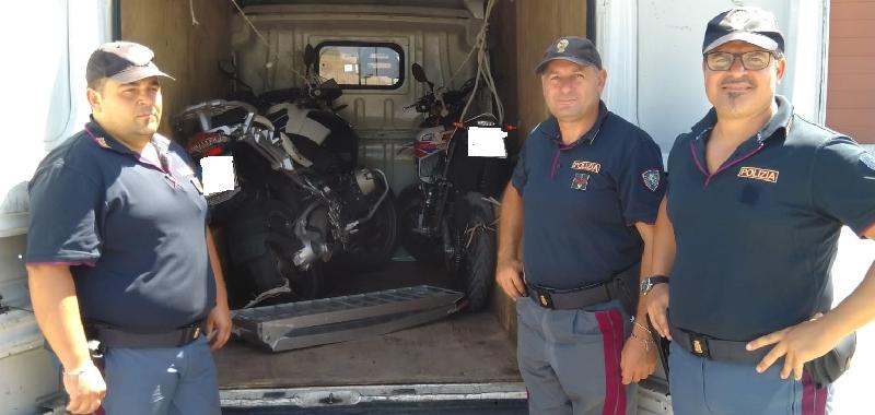 Scooter rubati a Catania e portati a Palermo per rivenderli: denunciato